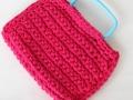 Bolso de trapillo color rosa con asa de plástico en color azul | gingerytulula.com
