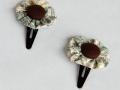 Horquillas rana con adorno de tela en forma de flor | gingerytulula.com