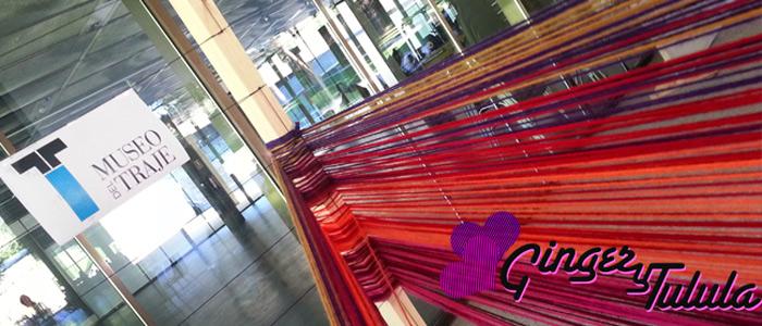 Día de tejer en público en el Museo del Traje. Detalle de la instalación realizada con lanas Katia