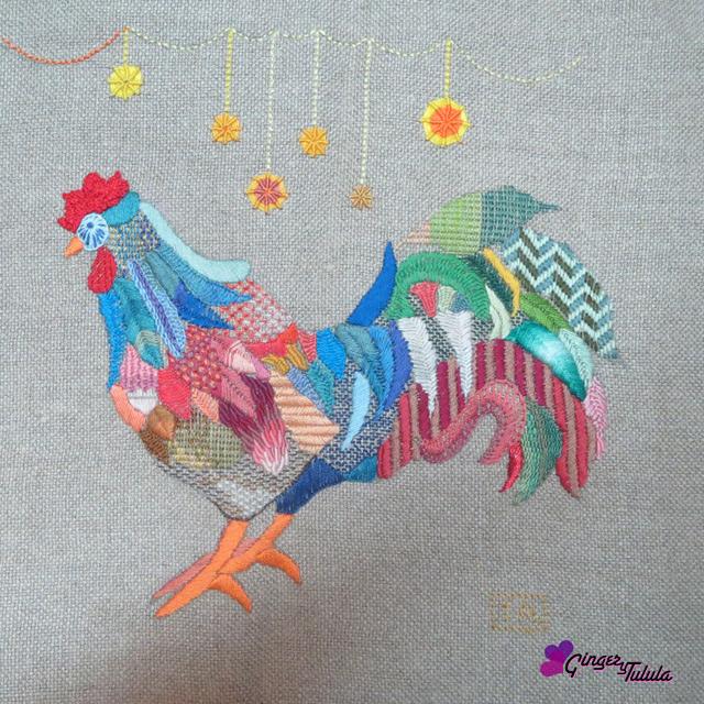 Gallo bordado a mano por Yolanda Andrés
